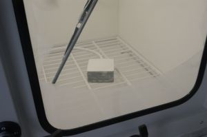 Wind and dust proof - New dust test chamber in the laboratory of WISKA
