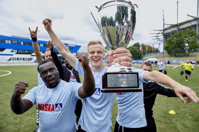Goals, team spirit, football fever: The WISKA Business Cup 2018